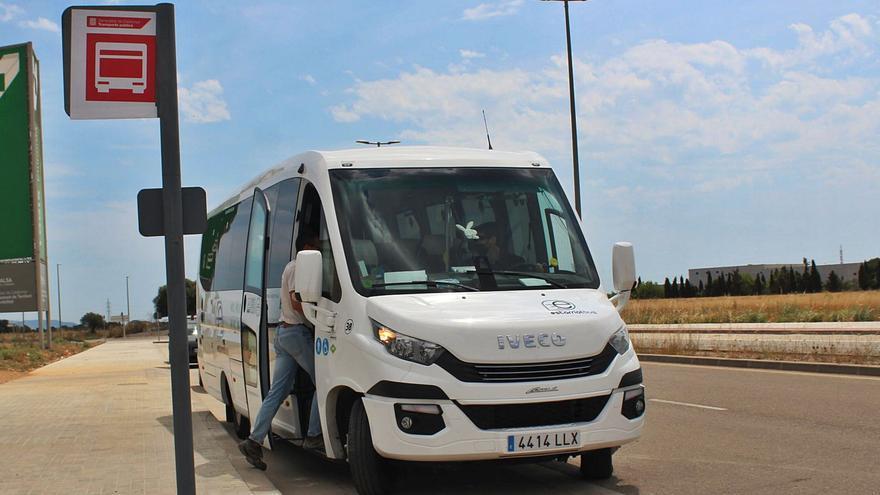 Estarriol Bus estrena parada diària  fixa en el polígon del Logis Empordà