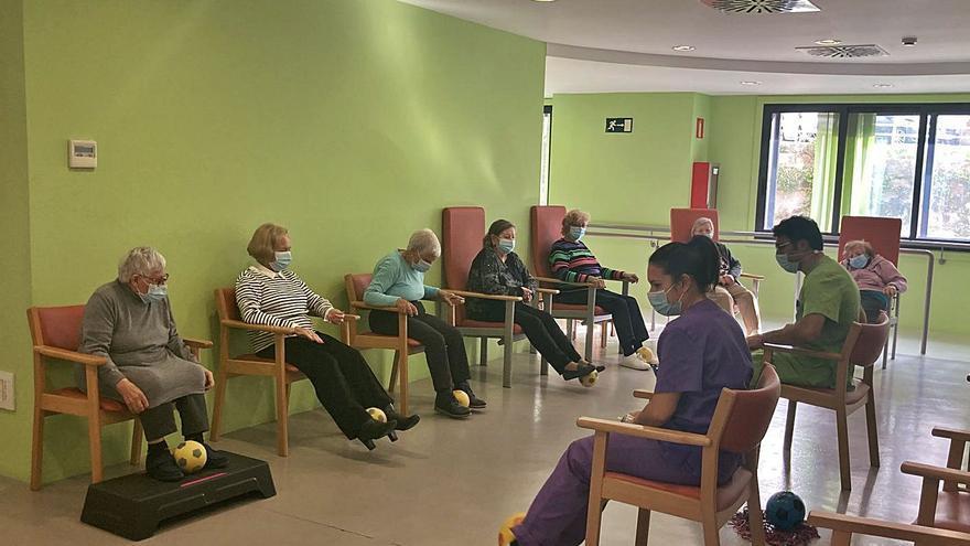 Fisioterapia para mellorar a mobilidade de persoas con demencia en Vigo