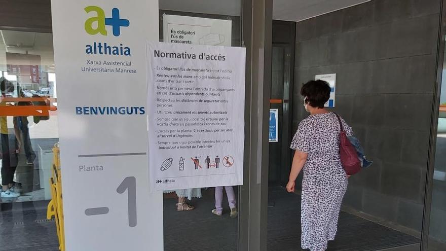 Althaia manté la restricció d'accés als acompanyants tret de casos excepcionals