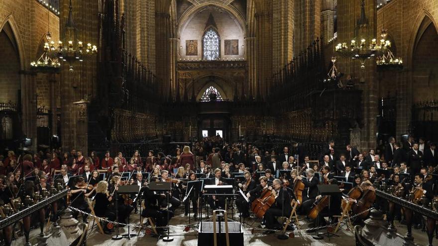 La catedral de Barcelona acull un emotiu comiat a Montserrat Caballé