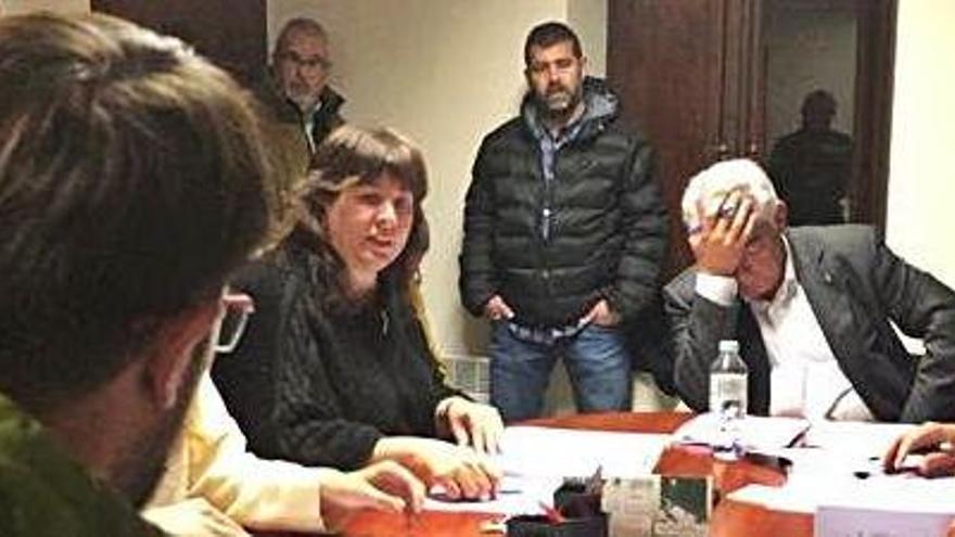 El ple de Talamanca rebutja la reprovació de l'alcalde Tarín pel cas Pujol