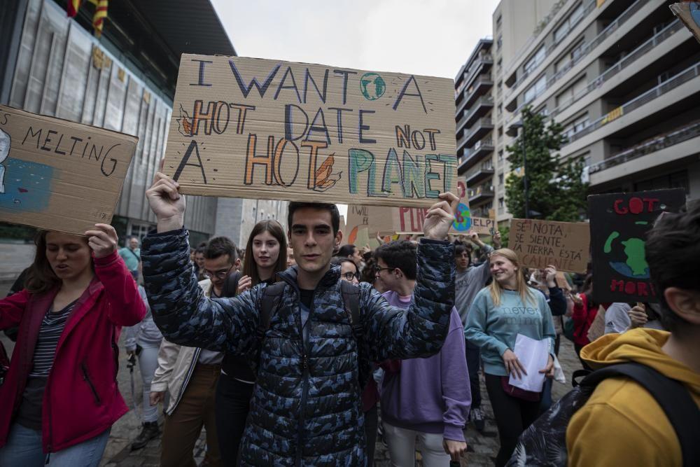 Un dia de lluita contra el canvi climàtic a Girona