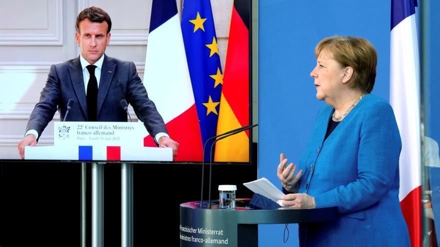 Merkel pide dialogar con Putin sobre Ucrania pese a su apoyo a Lukashenko