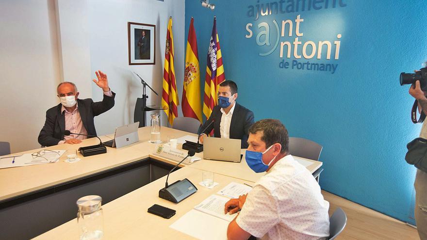 Sant Antoni restringirá la apertura de fumaderos y salas de juego, pero no los prohibirá