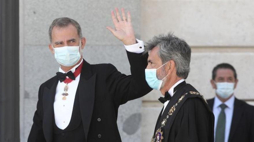 """Lesmes manifiesta el """"enorme pesar"""" del Poder Judicial por la ausencia del Rey"""
