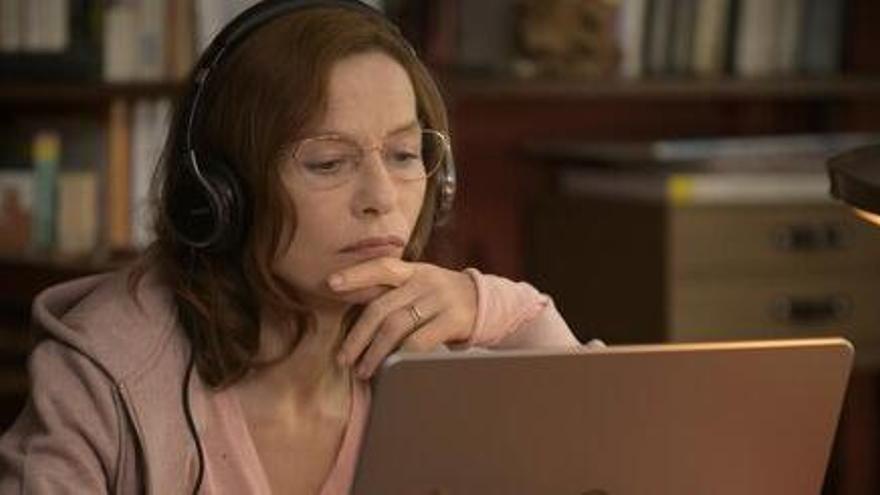 «Mamá María», protagonitzada per Isabelle Huppert, arriba als cinemes després del seu pas pel BCN Film Fest