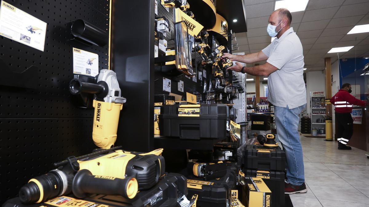 Zona de exposición de equipos, en las instalaciones de la empresa.