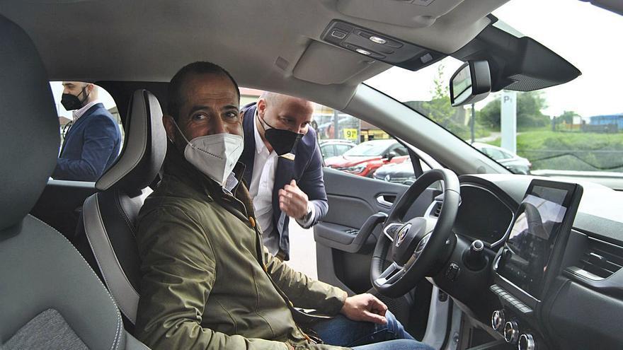 """Siero se sube al coche eléctrico: """"Uno de cada seis vehículos que vendemos es así"""""""