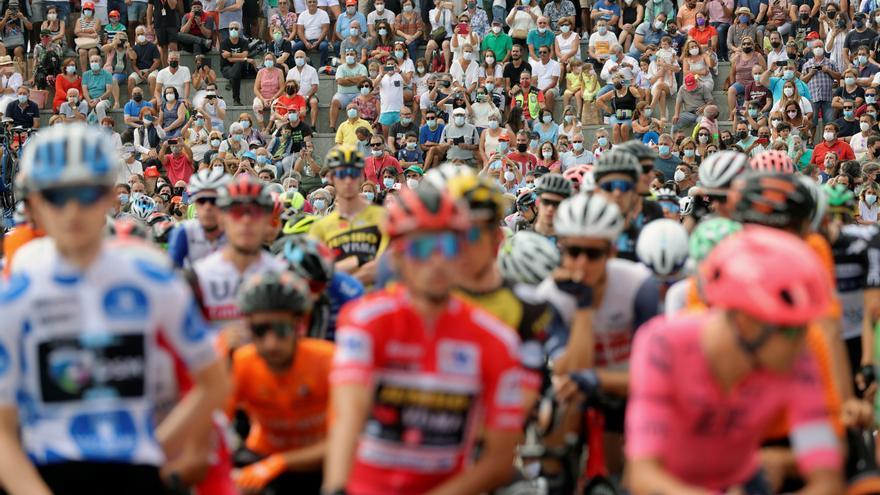 Vídeo resumen de la etapa 20 de la Vuelta a España 2021