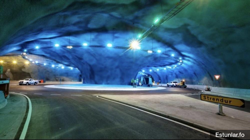 Una empresa de Molina ilumina la primera rotonda submarina del mundo, en las Islas Feroe