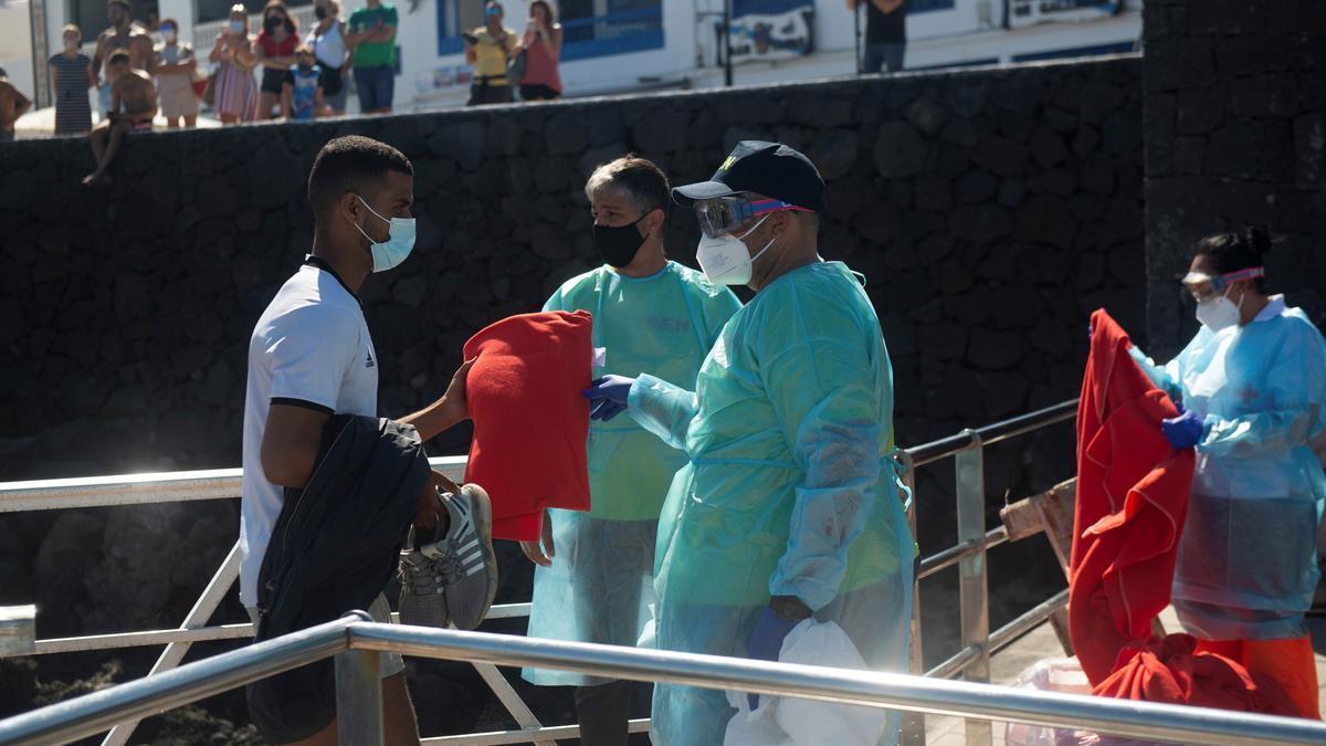 Más de 270 inmigrantes llegan a Lanzarote y Gran Canaria en 8 embarcaciones
