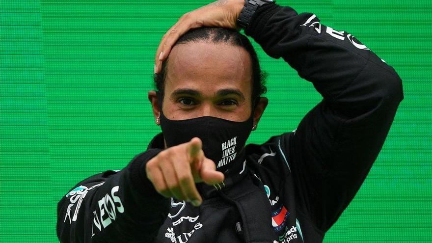 """Lewis Hamilton: """"Los niños tienen que perseguir sus sueños"""""""