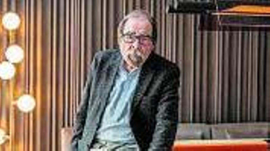 TV3 dedica aquesta nit  un homenatge al veterà periodista Àngel Casas