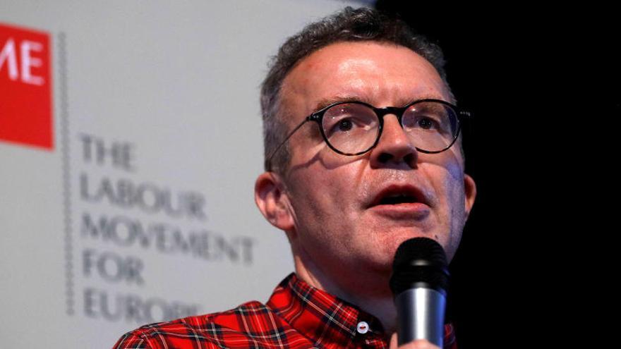 Dimite el 'número dos' del Partido Laborista británico