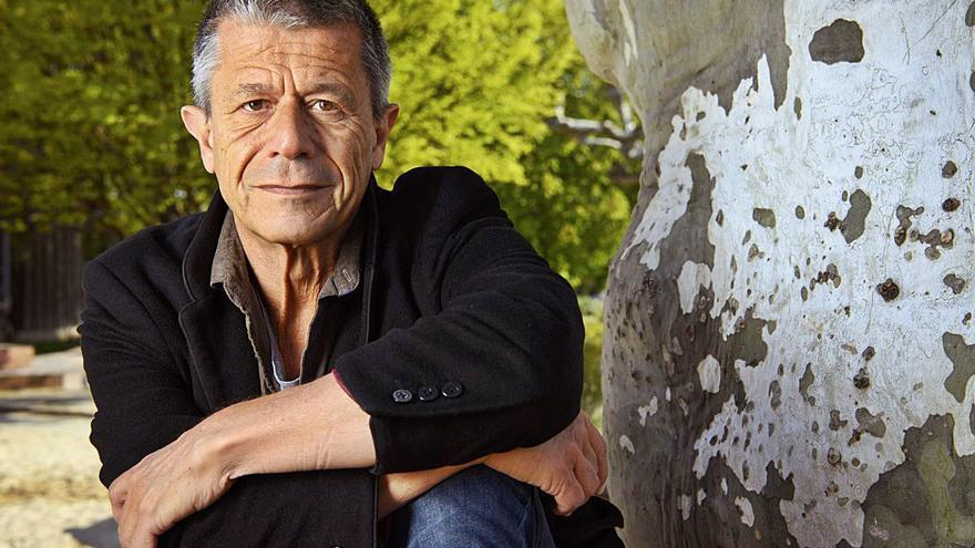 Carrère, el autor de la no ficción: «Contar nuestras miserias es muy sano»