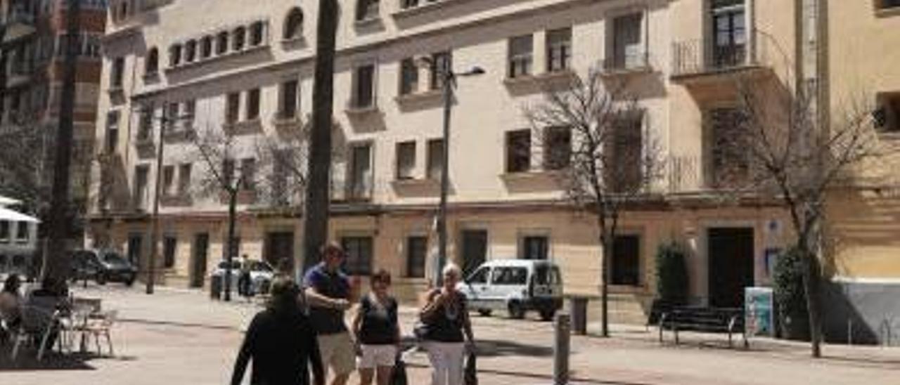 El edificio que Gandia cede a la Universidad Católica de Valencia tiene que ser derribado