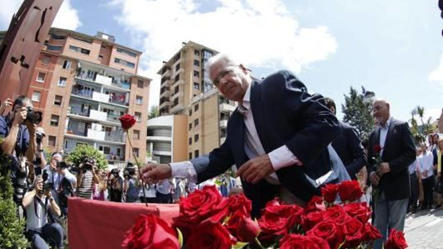 El record a Miguel Ángel Blanco uneix totes les forces, fins i tot Bildu