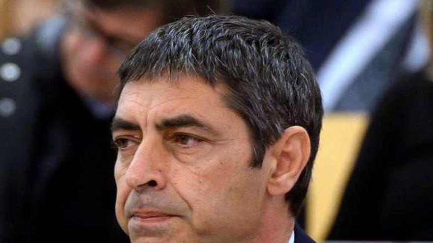 El fiscal pone en duda el plan de Trapero para detener a Puigdemont por falta de documentos
