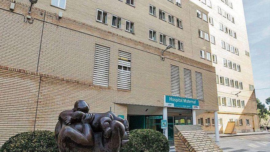 Muere la bebé que cayó por una ventana en el barrio Oliver de Zaragoza