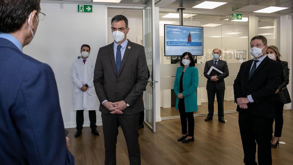 Pedro Sánchez ha visitado el Centro de Investigación Básica de la compañía Janssen en Toledo.