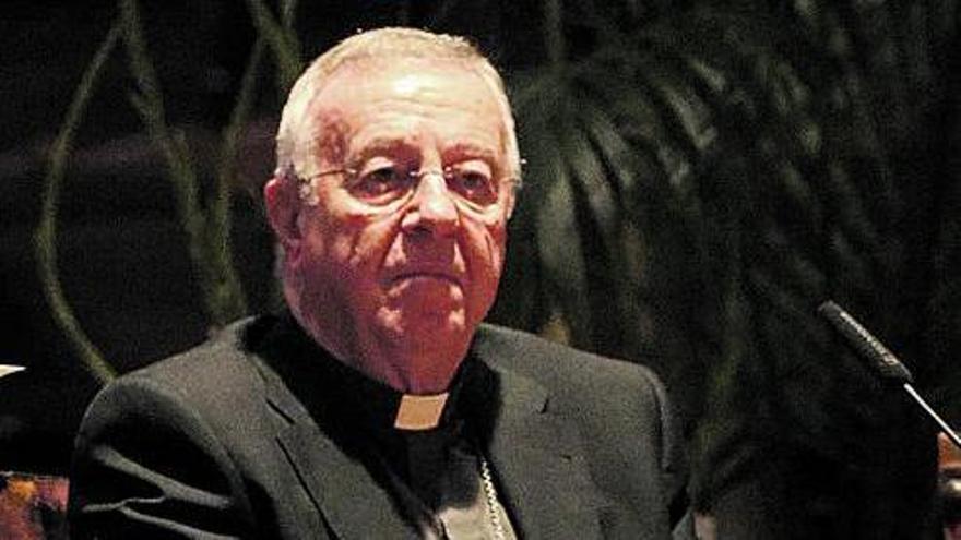 El obispo de Mallorca pide perdón por el malestar que ha causado su vacunación