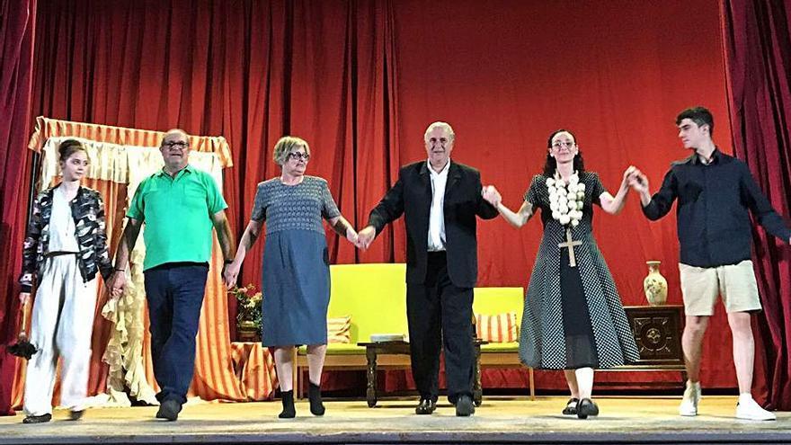 Capmany gaudeix d'un estiu de teatre, màgia, llibres i dansa urbana