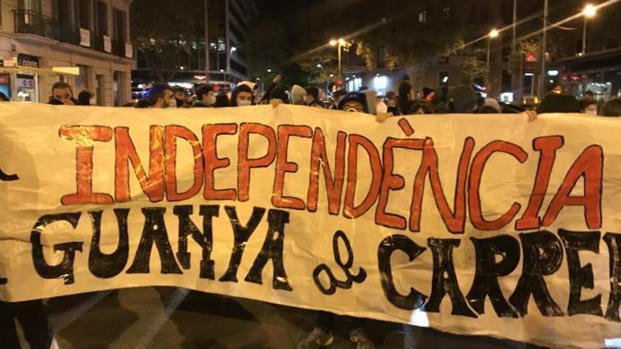 Unos 400 CDR cortan la Via Laietana de Barcelona por la sentencia del procés
