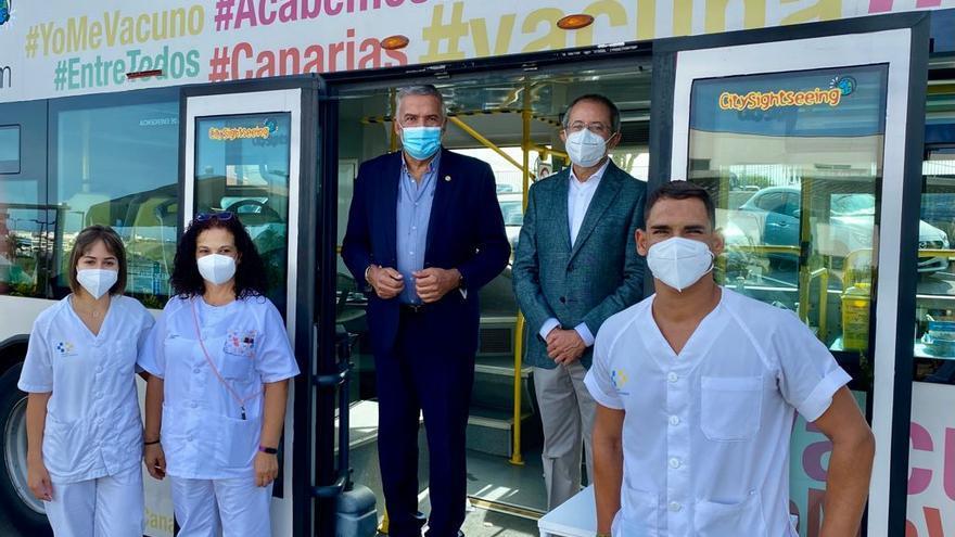 Canarias inicia la semana con 109 casos de coronavirus y dos fallecidos