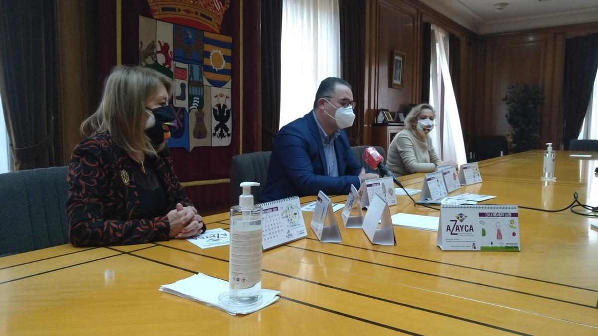 Rueda de prensa en la Diputación para presentar el calendario de Azayca