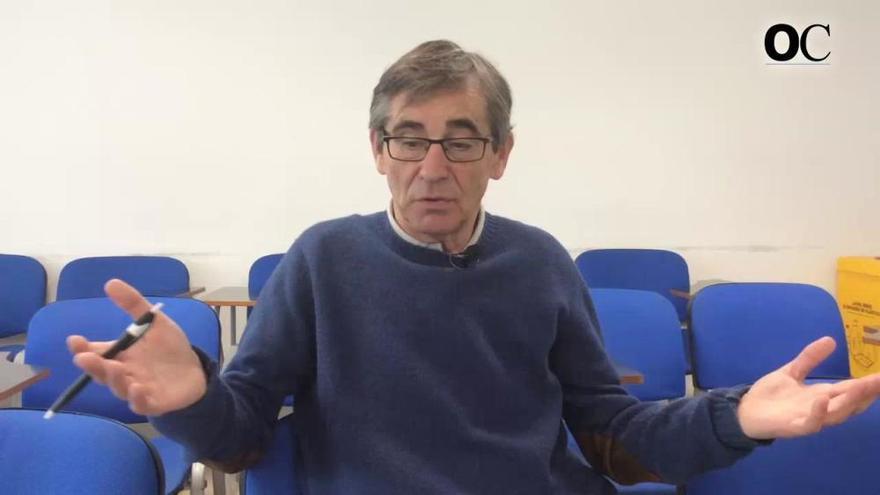 """Fernando Vázquez: """"Non teño preferencia, pero o normal é que veña un central"""""""
