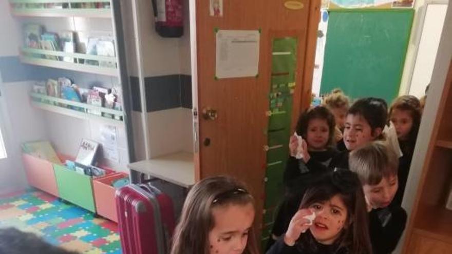 Carnaval en Galicia 2019 | Los alumnos del CEIP Ponte Sampaio pone fin a su entroido