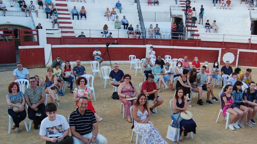 "La plaza de Toros de Ondara se transforma en ""La Joia de la Cultura"""
