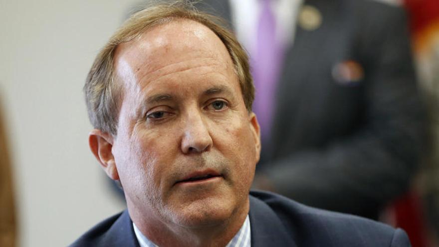 El fiscal general de Texas recurre la suspensión de las deportaciones