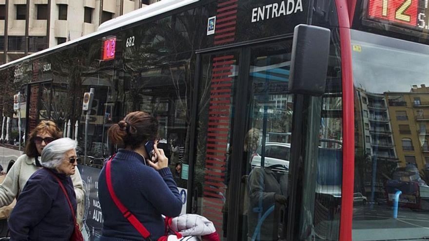 El informe sobre el nuevo servicio de autobús apuesta por conectar la periferia con el centro