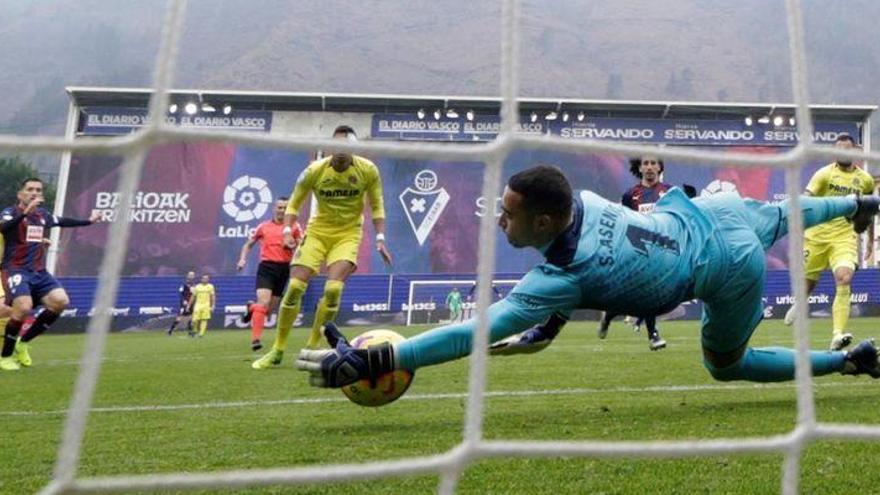 Orellana fulmina en Ipurua al Villarreal en el minuto 95 (2-1)