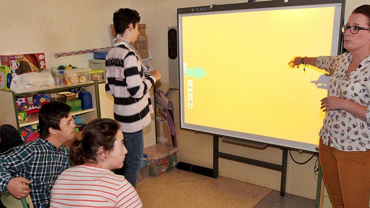 Una de las clases del colegio de Educación Especial Primitiva López de Cartagena. | F.G.P.