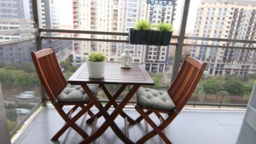 ¿Buscas piso con terraza o balcón en Valencia? Estos en Sant Pau te interesan