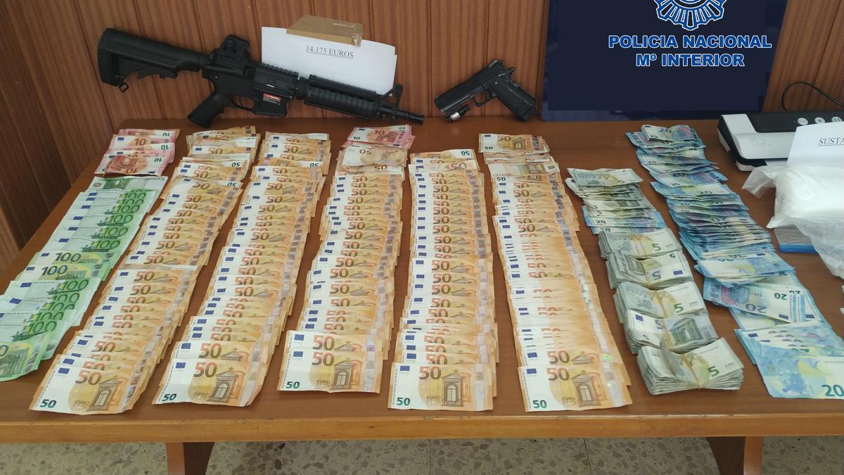 Part dels diners i armes confiscats