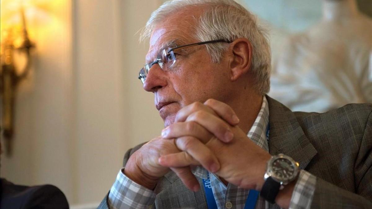 Exteriores desaconseja acudir a 'vientres de alquiler' en Ucrania