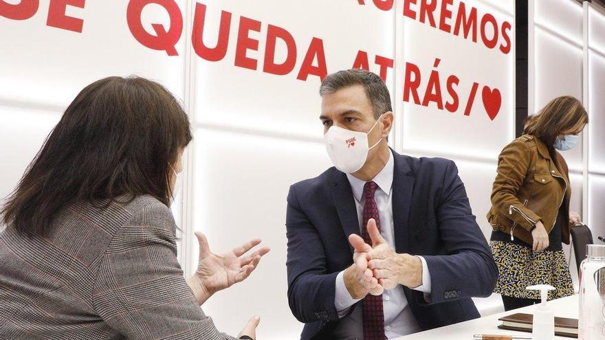 """Sánchez critica en la ejecutiva la """"deslealtad"""" de los barones"""