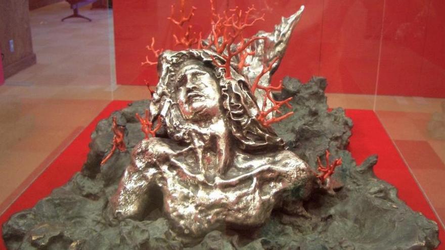 Absueltos los propietarios asturianos de una escultura de Dalí acusados de estafa por un comité japonés
