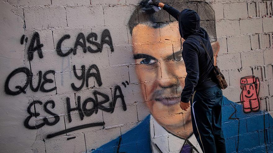 """El toque de queda """"no está encima de la mesa"""" en Galicia"""