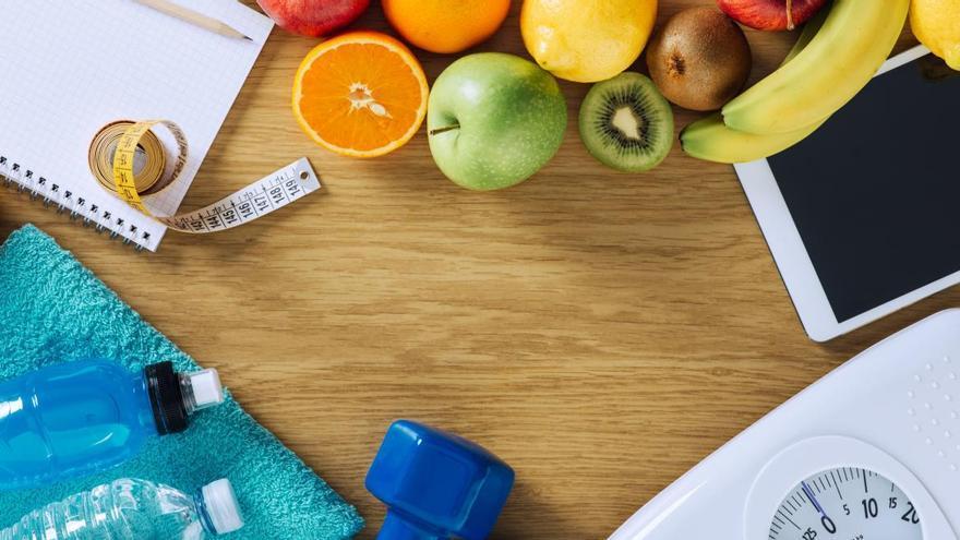 El ejercicio fácil y del que todo el mundo habla para perder peso a partir de los 40 de forma fácil y sin salir de casa
