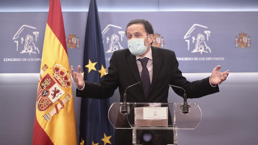 """Ciudadanos acusa al PP de """"comprar tres bocas"""" para tapar su corrupción"""