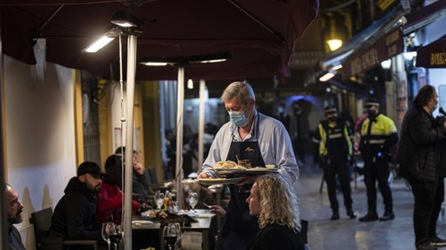 Andalucía ya no tendrá toque de queda este sábado por la noche
