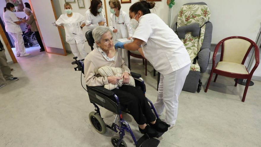 Aragón inicia en las residencias la vacunación contra la gripe