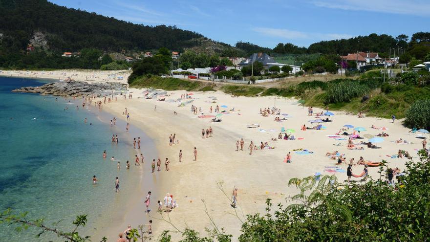 Las llamadas sobre playas colapsan la centralita de la Policía Local de Cangas