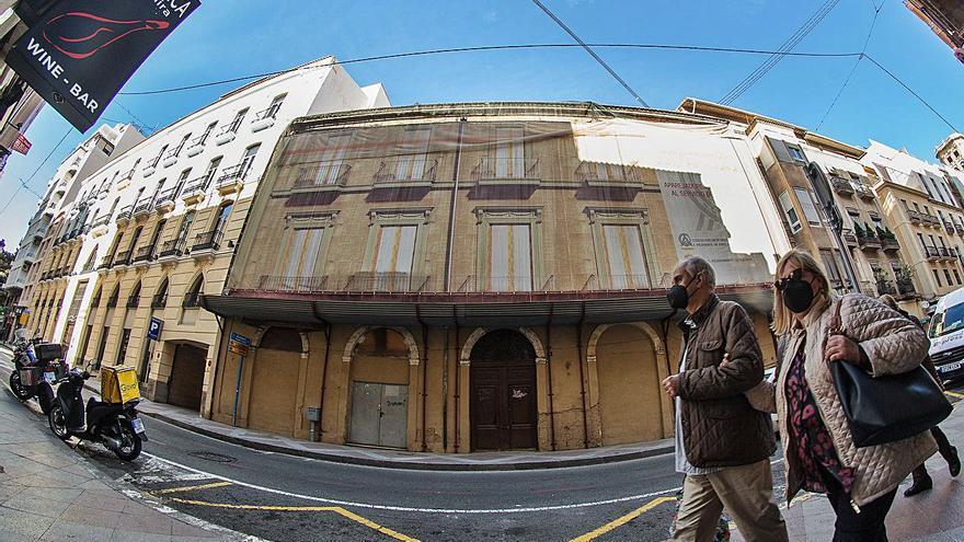 A la venta la antigua sede de aparejadores