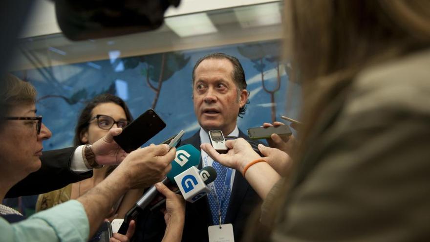 """Juan Carlos Escotet: """"Confío en que la intervención de Banesco concluya antes del 3 de agosto"""""""