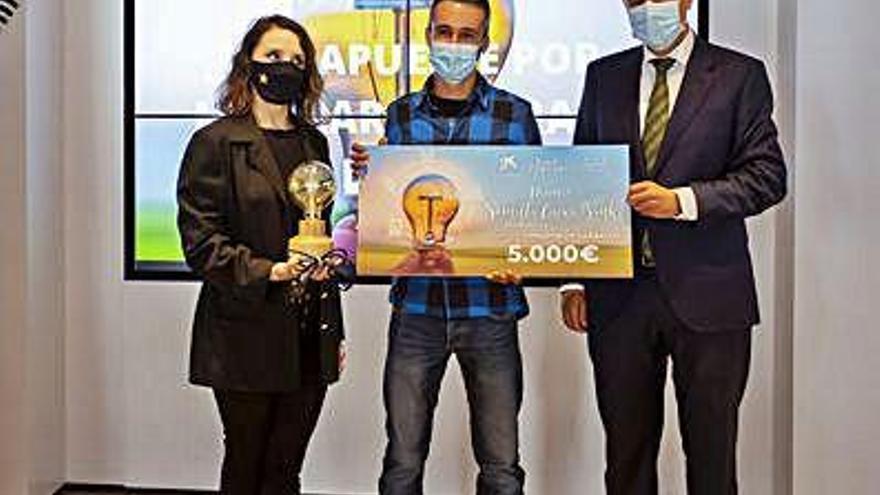 Premian el proyecto de emprendimiento en el rural de la granja Corazón de Carballo